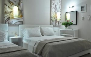 Cross Plaza Luxury Rooms Stavros